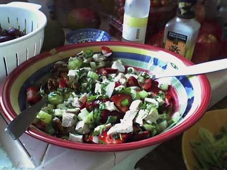 chicken-strawberry salad