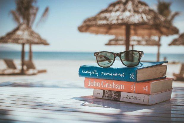 bloggy_2016_06-beach-reading